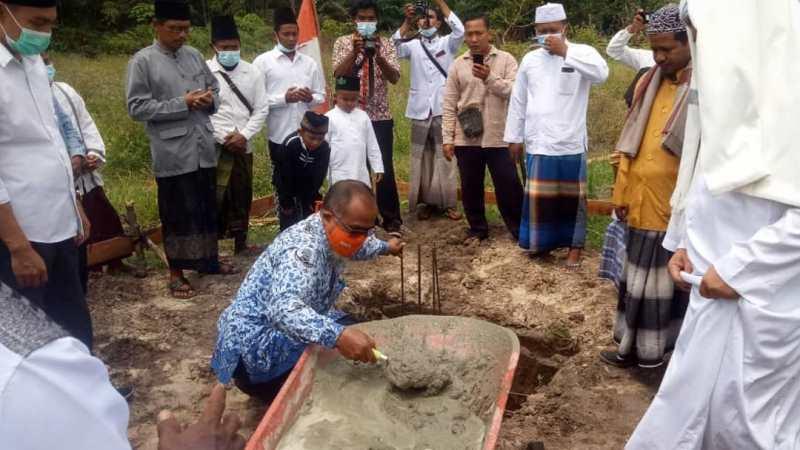 Peletakan Batu Pertama Pembangunan Pondok Pesantren Anak Jalanan Alquranul Karim At-Thoriqoh