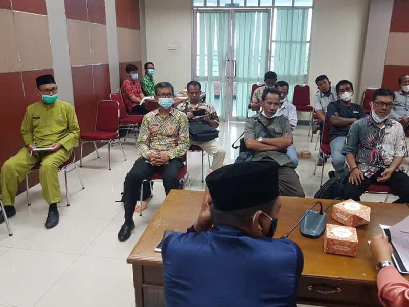 Rapat Mediasi Sengketa Lahan antara Petani Liak Merah dan PT. APL